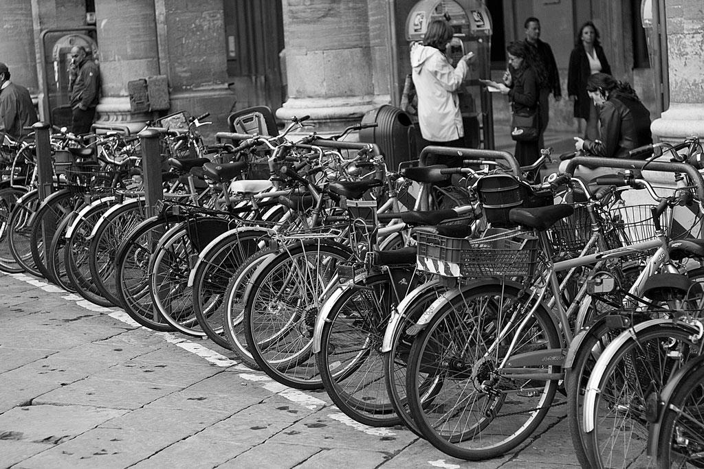 Ir al trabajo o a clase en bici puede ser tu contribución al Día Mundial de la actividad Física