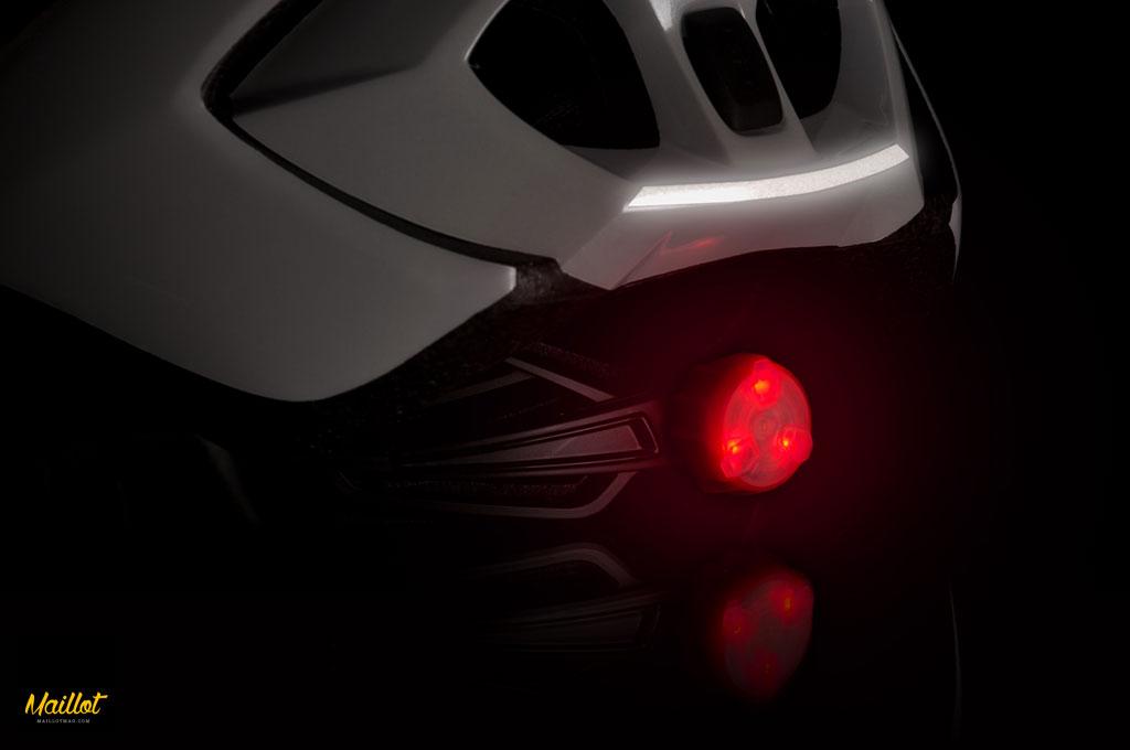 Nuevo casco MET Strale, aerodinámico y ligero.
